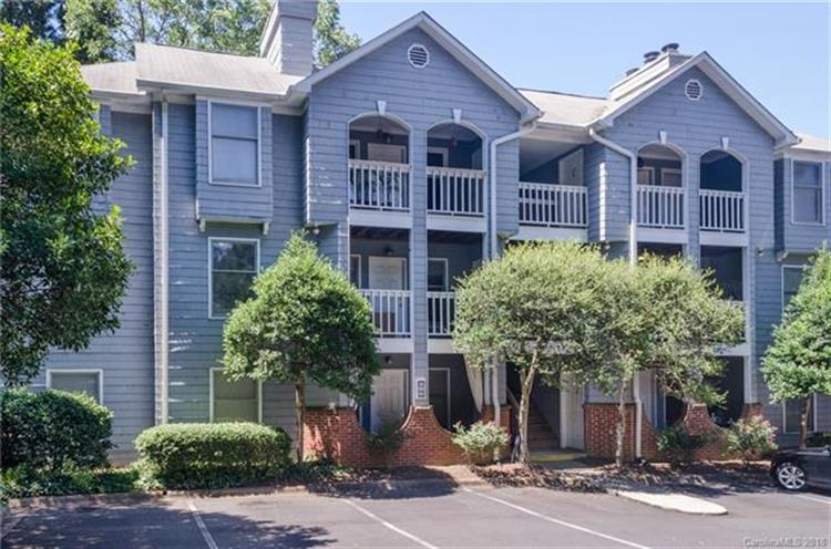 430 Queens Road, Charlotte, NC 28207