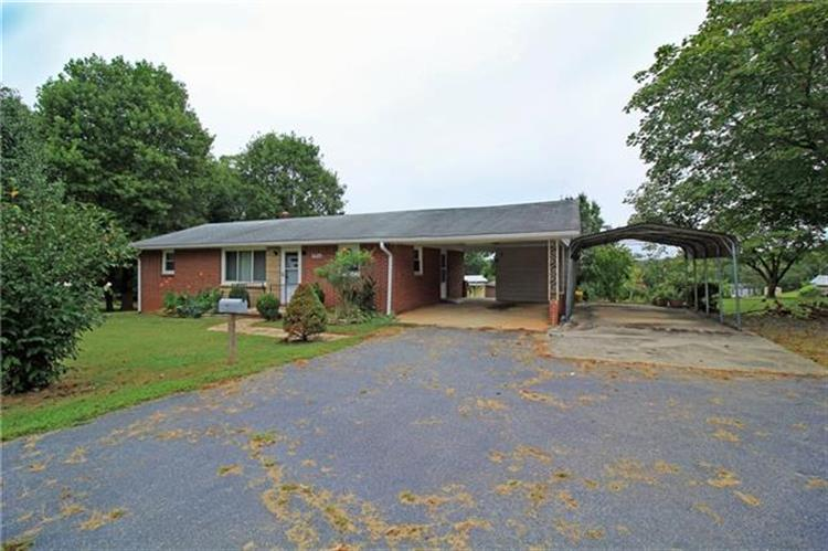 1480 Airport Rhodhiss Road, Hickory, NC 28601
