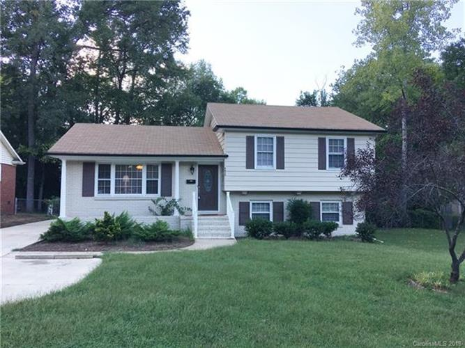 5612 Londonderry Road, Charlotte, NC 28210 - Image 1