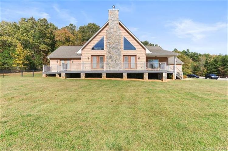 2808 Lee Lawing Road, Lincolnton, NC 28092