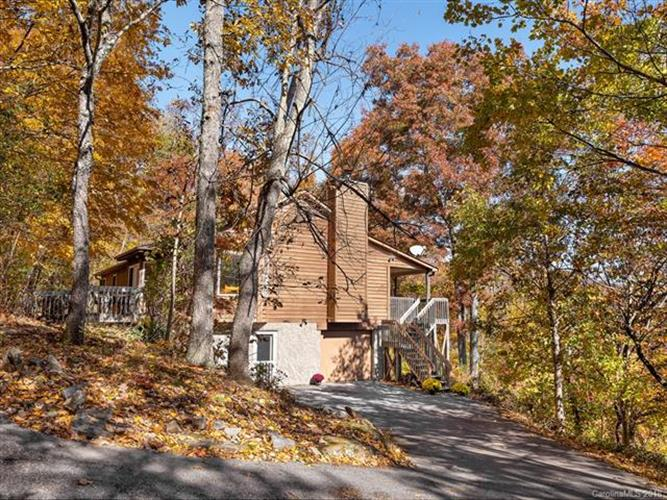 240 Chestnut Forest Road, Fairview, NC 28730