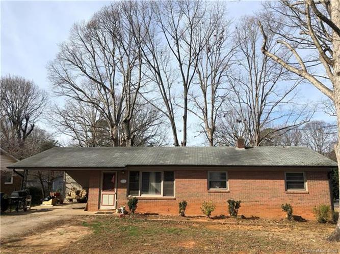 525 N Miller Avenue, Statesville, NC 28677 - Image 1