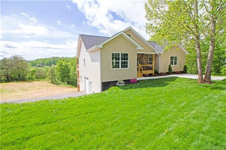 19 Countryside Drive, Asheville, NC 28804 - Image 1