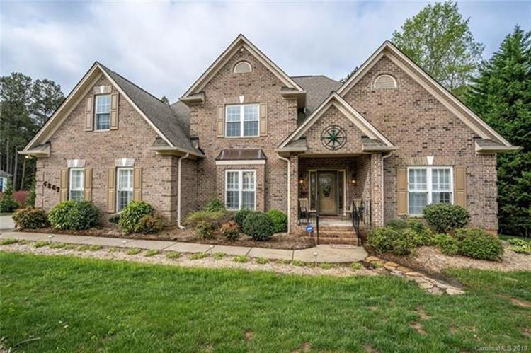 4267 Harbor Watch Drive, Denver, NC 28037 - Image 1