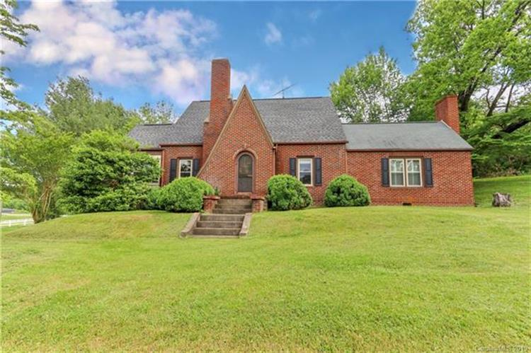 124 Brownstone Lane, Mt Airy, NC 27030 - Image 1