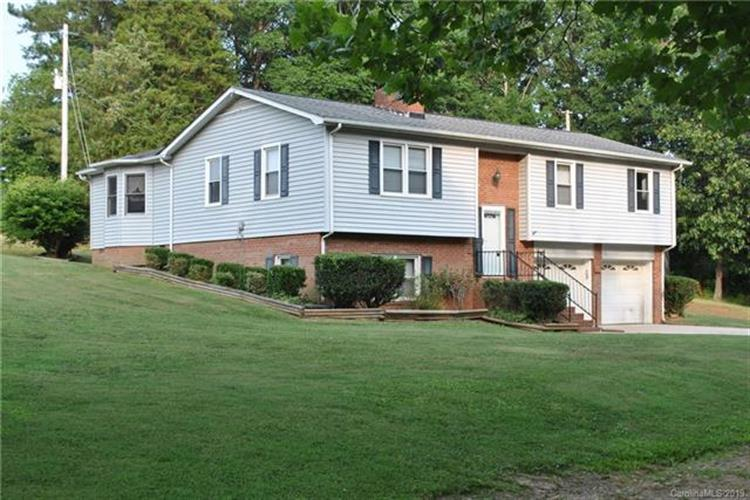 442 Mccoys Creek Circle, Oakboro, NC 28129 - Image 1