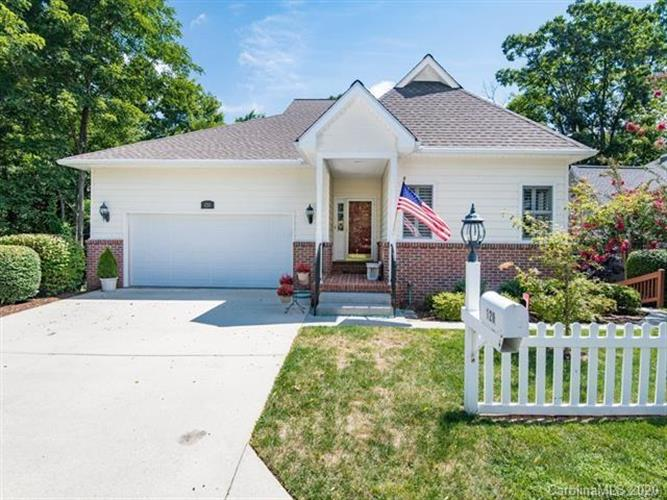 120 Carriage Summitt Way, Hendersonville, NC 28791 - Image 1