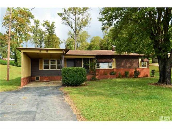 145 BLACK OAK RIDGE Road, Taylorsville, NC 28681