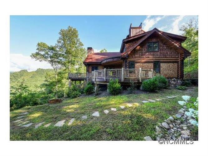 469 Moody Bridge Road, Cullowhee, NC 28723
