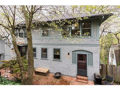 22 Howland Road, Asheville, NC