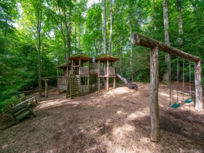 29 Red Tail Court Fairview, NC MLS# 3649625