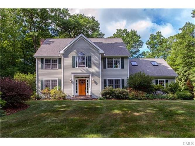 279 High Ridge ROAD, Southbury, CT 06488