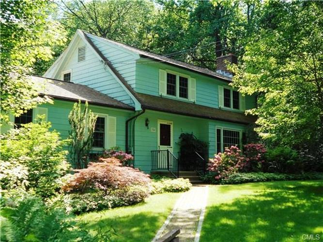34 Glenwood COURT, Bethany, CT 06524