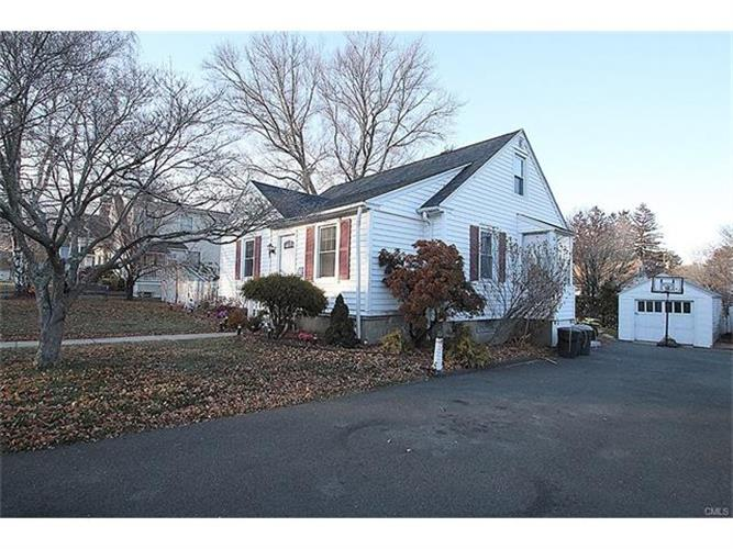 28 Coolidge Street, Stratford, CT 06614