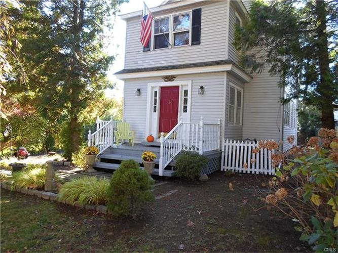 3 Juhasz Road, Norwalk, CT 06854