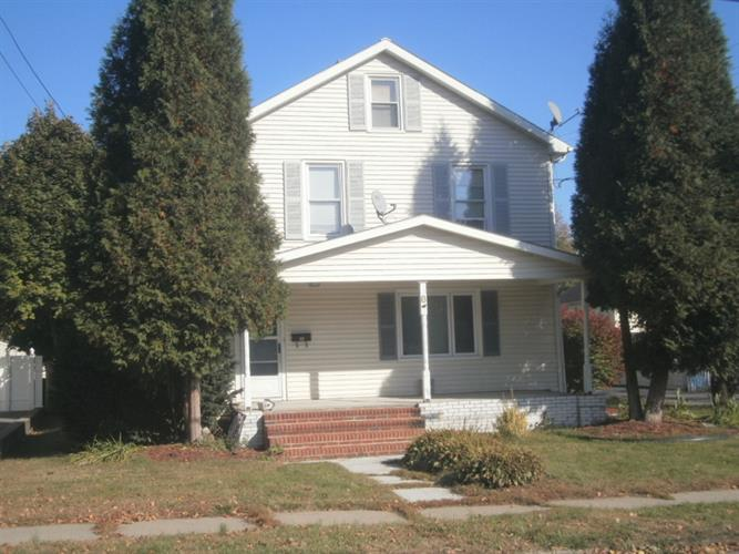 8 Grand Ave, Washington, NJ 07882