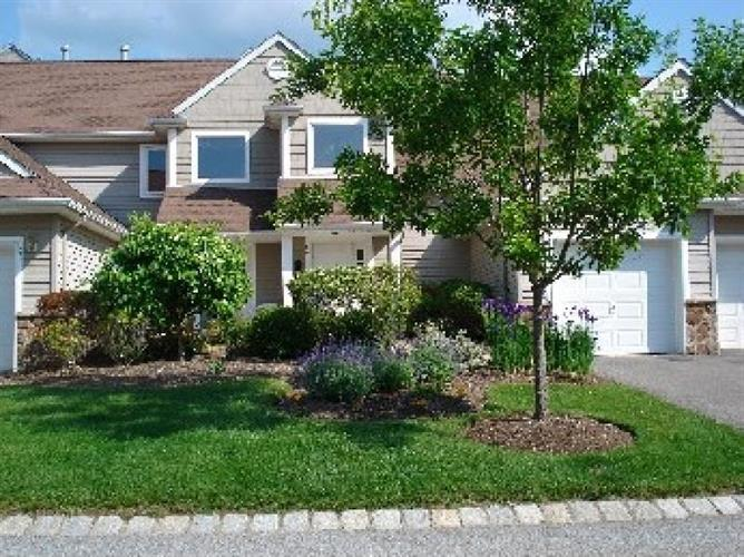 20 Bourne Circle, Hardyston, NJ 07419