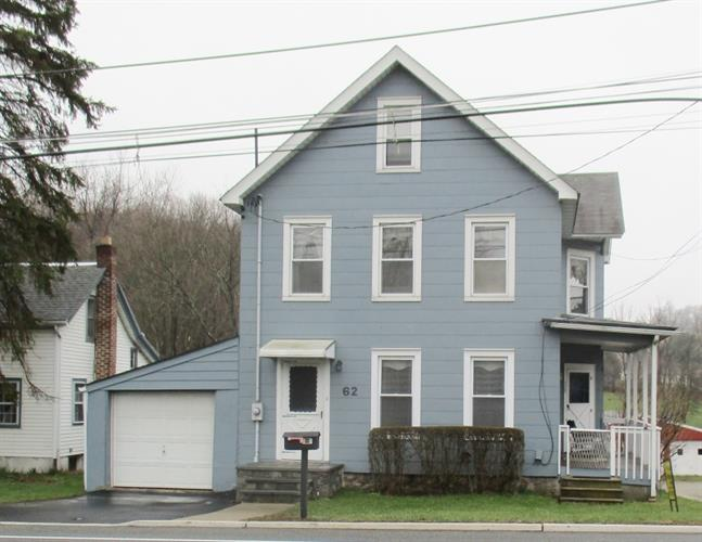 62 Vernon Ave, Hamburg, NJ 07419