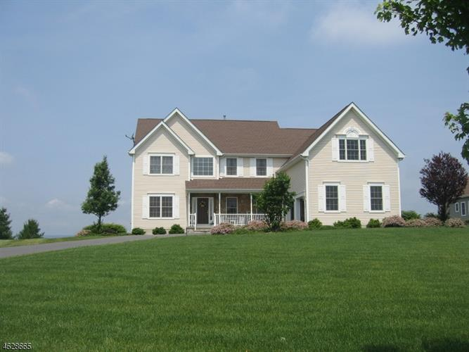 33 PLAYERS BLVD, Fredon Township, NJ 07860