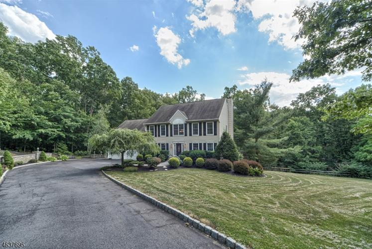 97 Kings Hwy, Washington Township, NJ 07853