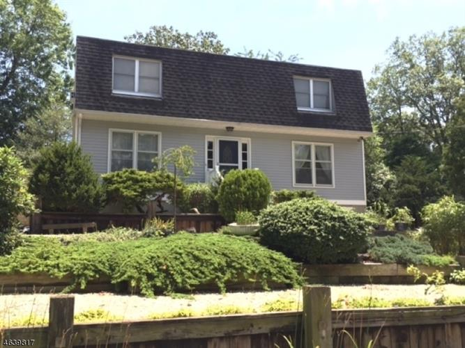 240 19th Ave, Brick, NJ 08724