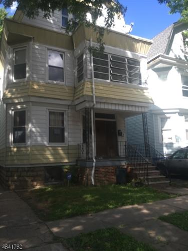 34 Rhode Island Ave, East Orange, NJ 07018