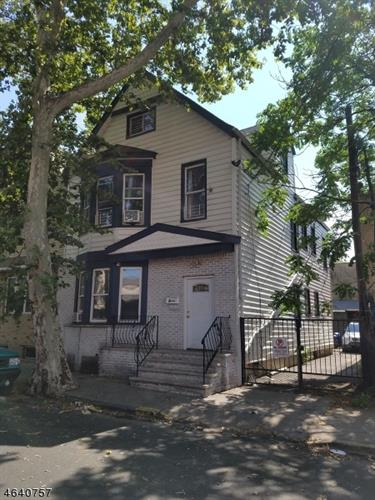 9 Lentz Ave, Newark, NJ 07105