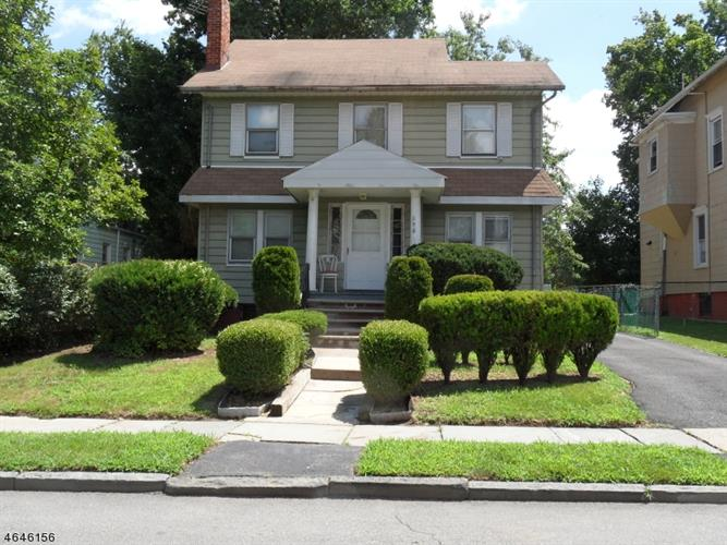 296 N WALNUT ST, East Orange, NJ 07018