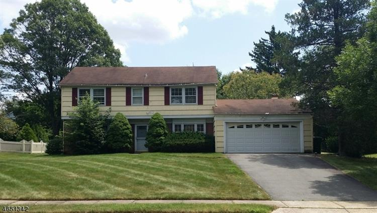 29 Hill Ave, Franklin Twp, NJ 08873