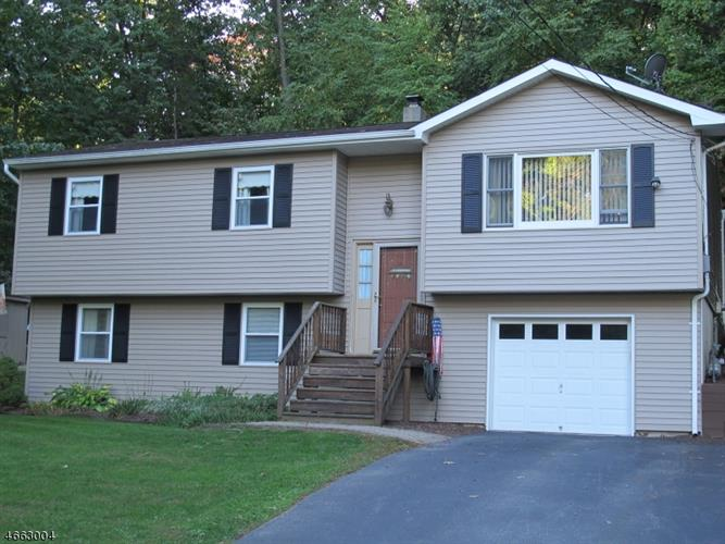 11 Fox Hollow Ct, Vernon Twp., NJ 07462