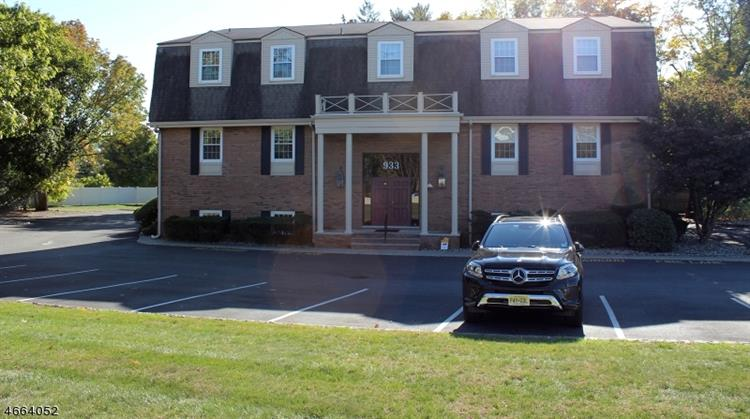 933 State Route 23, Pequannock Township, NJ 07444