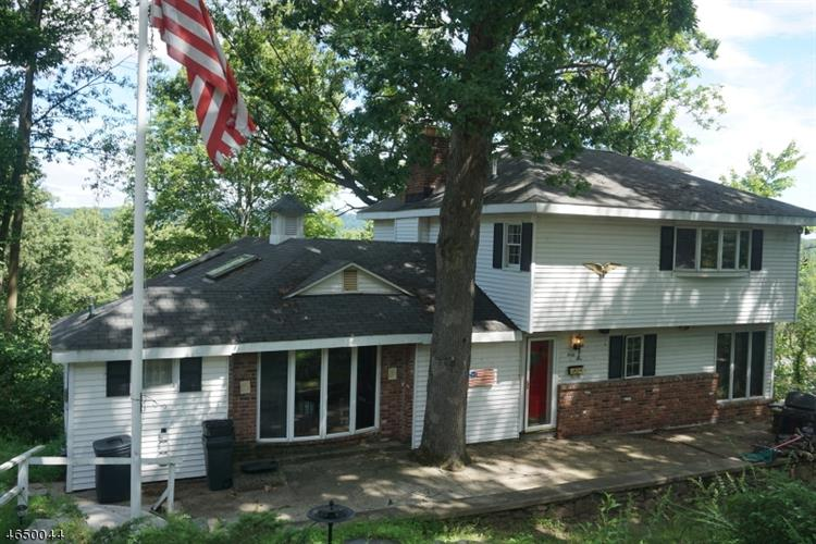 45 Cliffside Trl, Denville, NJ 07834