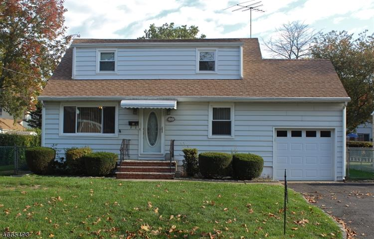 365 Valleyscent Ave, Scotch Plains, NJ 07076