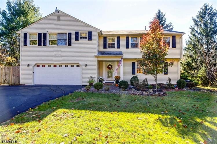 33 Regional Rd, Clinton Twp, NJ 08801