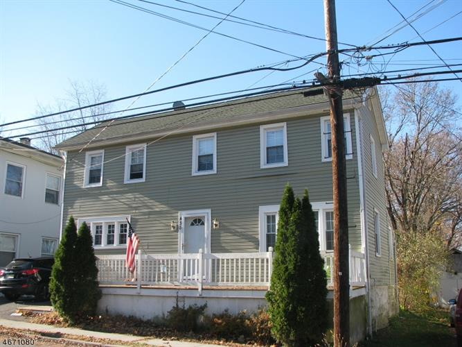 438 Old Main St, Franklin Twp, NJ 08802