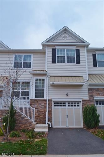 24 Autumn Ln, Montgomery, NJ 08558