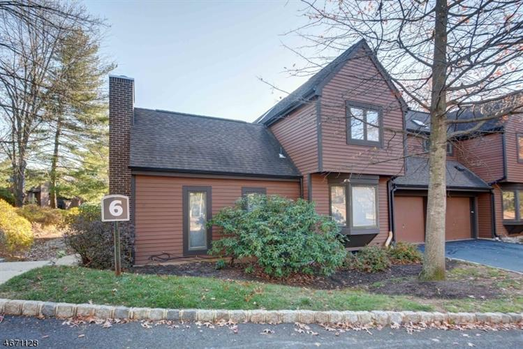 6 Valley View Dr, Bernards Township, NJ 07920