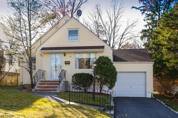26 Mayfair Dr, West Orange, NJ 07052