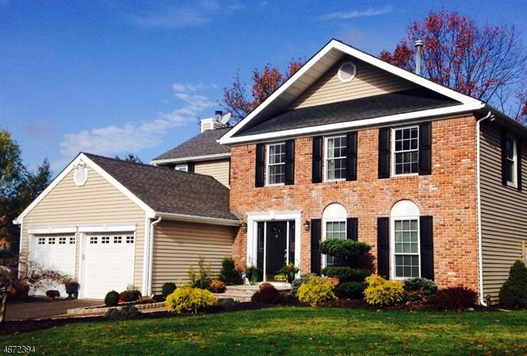 5 EPPING CT, Franklin Twp, NJ 08873