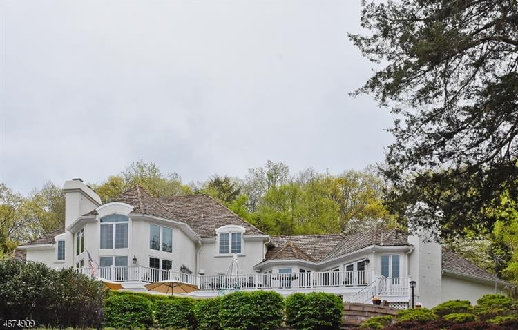 1 Hunters Gln, Mendham Twp, NJ 07931