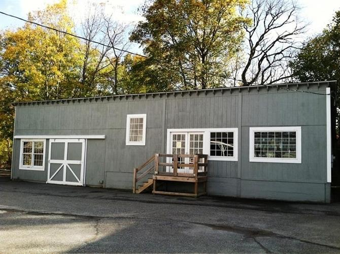 1-5 Milk St, Branchville, NJ 07826