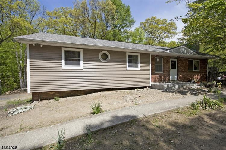 380 County Road 565, Wantage Twp, NJ 07461