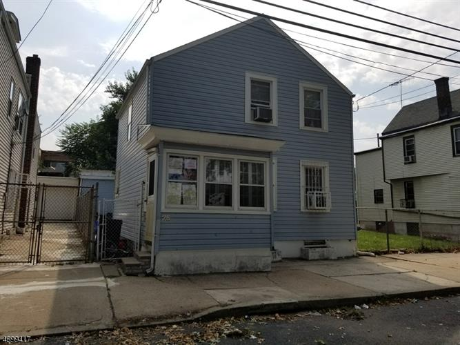 26 Duryea St, Newark, NJ 07103