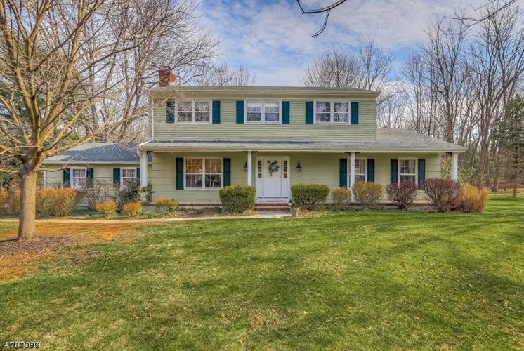 29 Melbourne Way, Bernards Township, NJ 07920