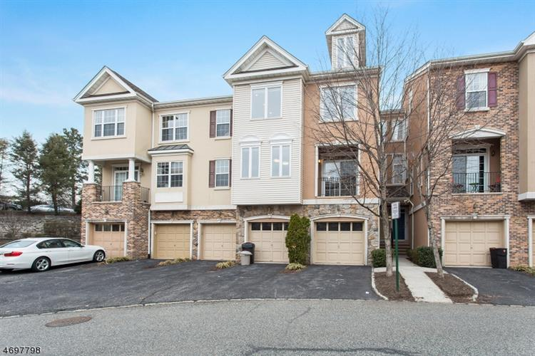 124 George Russell Way, Clifton, NJ 07013