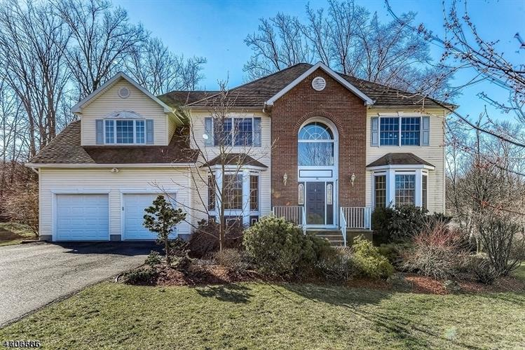 32 Cannon St, West Orange, NJ 07052