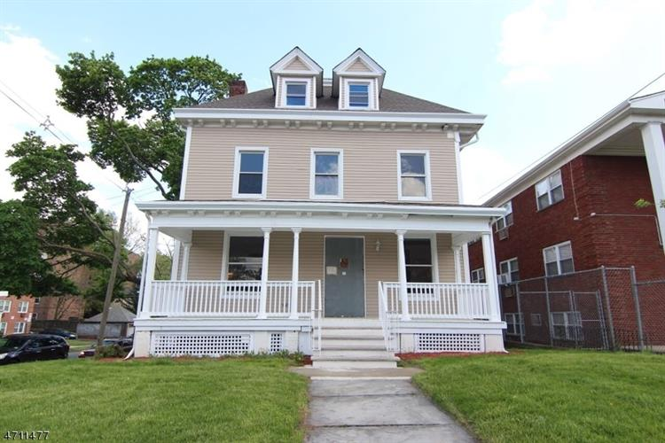 100-102 STILES ST, Elizabeth, NJ 07208