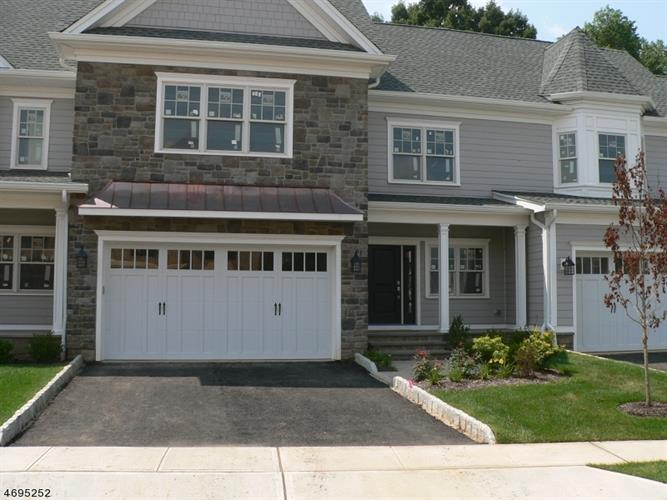 24 Park View Dr, Warren, NJ 07059