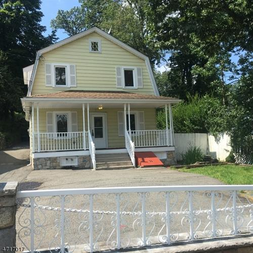 164 Lakeside Blvd, Hopatcong, NJ 07843