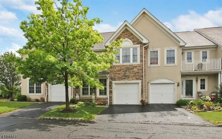 46 Birchwood Ln, North Haledon, NJ 07508
